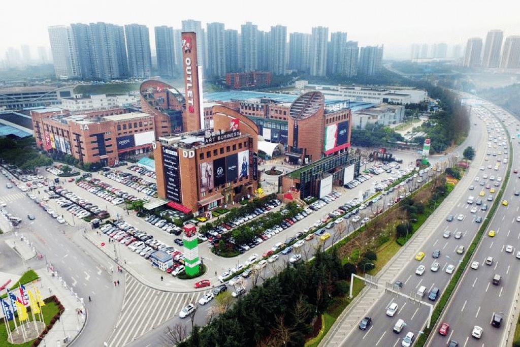 Pusat beli-belah Sasseur Reit di Chongqing. Foto SASSEUR GROUP