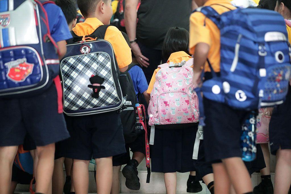 852 pelajar, 115 staf sekolah dikenakan cuti tanpa hadir: MOE