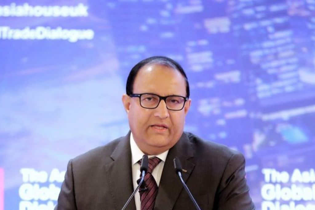 Menteri Perhubungan dan Penerangan, Encik S. Iswaran -Foto GAVIN FOO