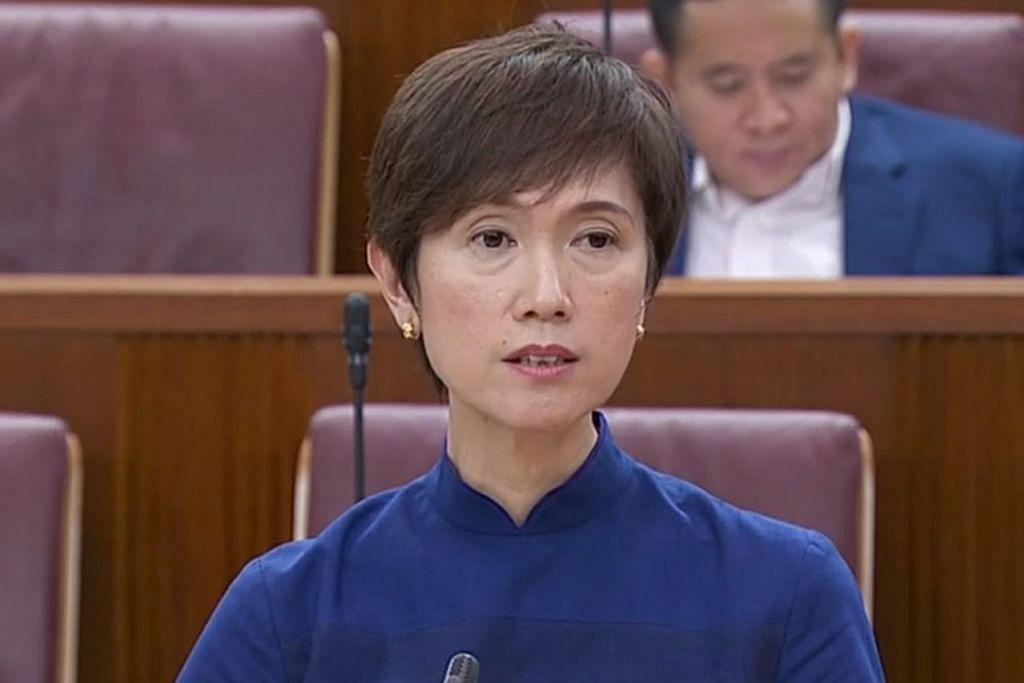 Menteri Tenaga Manusia, Cik Josephine Teo.