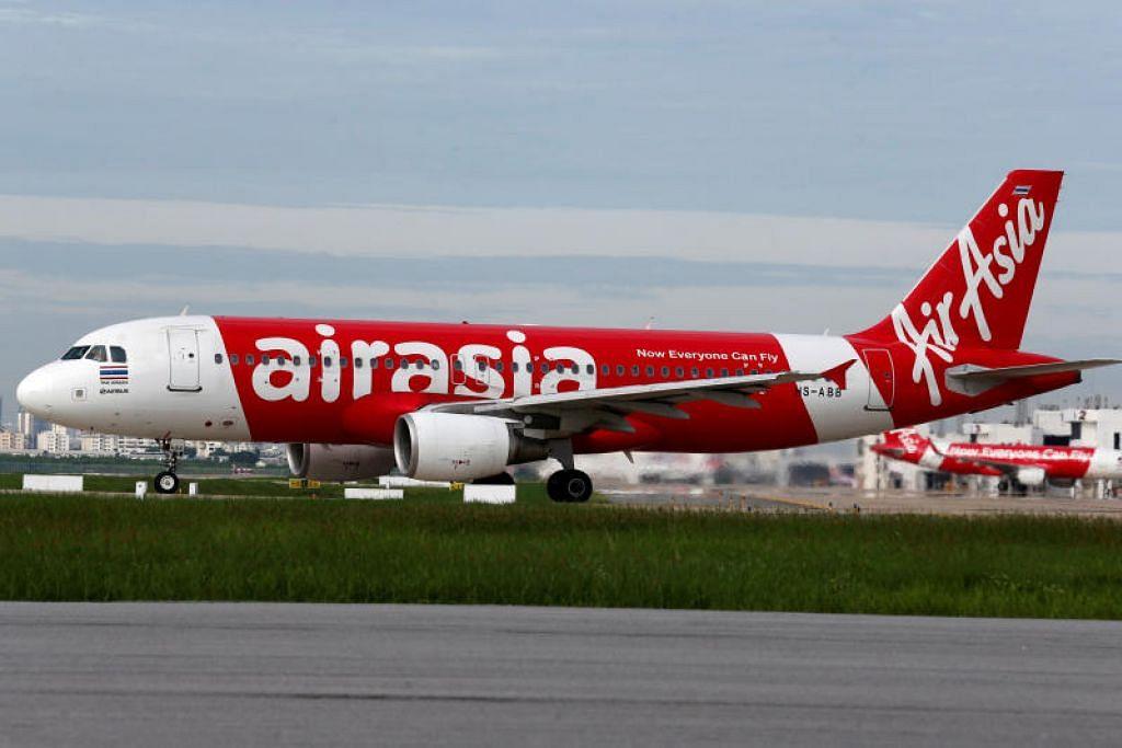 DAKWAAN RASUAH: Encik Fernandes dan Encik Kamarudin menafikan apa-apa tuduhan salah laku sebagai pengarah AirAsia.