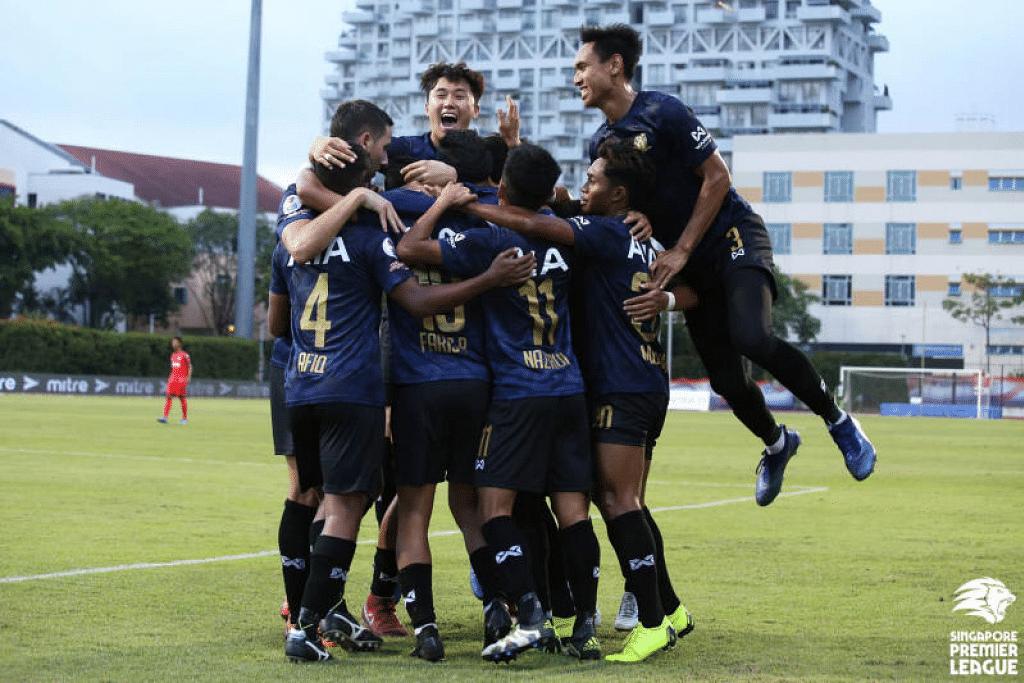 Hougang United mengakhiri musim Liga Perdana Singapura 2019 di tempat ketiga iaitu pencapaian terbaik kelab itu dalam liga. - Foto SINGAPORE PREMIER LEAGUE