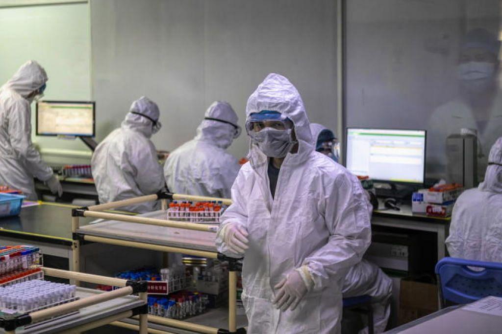 Sebuah makmal di Guangzhou, China yang menghasilkan kit pengesanan Covid-19.