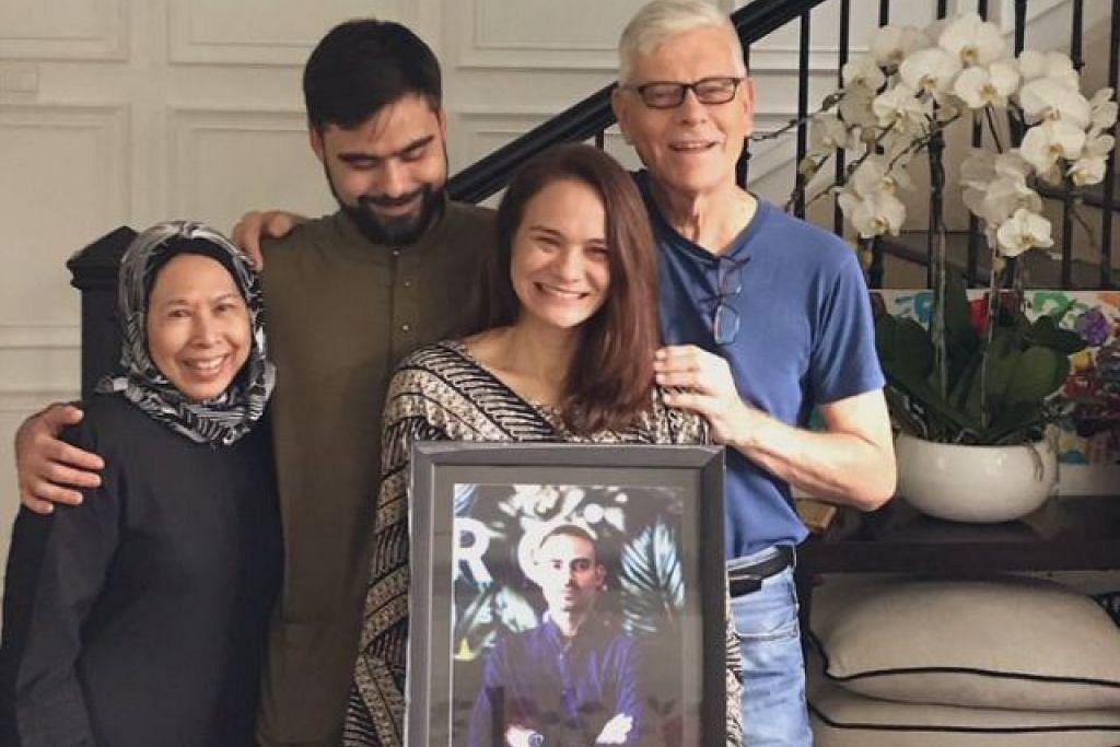 DALAM KENANGAN: Yuna mengongsi gambar ibu dan bapa mentua, Adam serta Aishah yang memegang potret arwah Ashraf di Twitter.