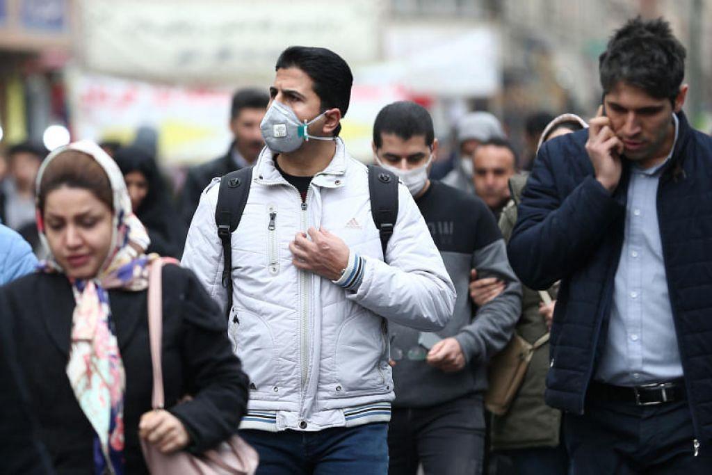 Menurut Catatan Perubatan Dalaman, lelaki lebih terjejas dengan koronavirus yang sedang berlaku kini, dengan kadar kematian dalam kalangan lelaki ialah 2.8 peratus berbanding 1.7 peratus dalam kalangan wanita. - Foto Reuters