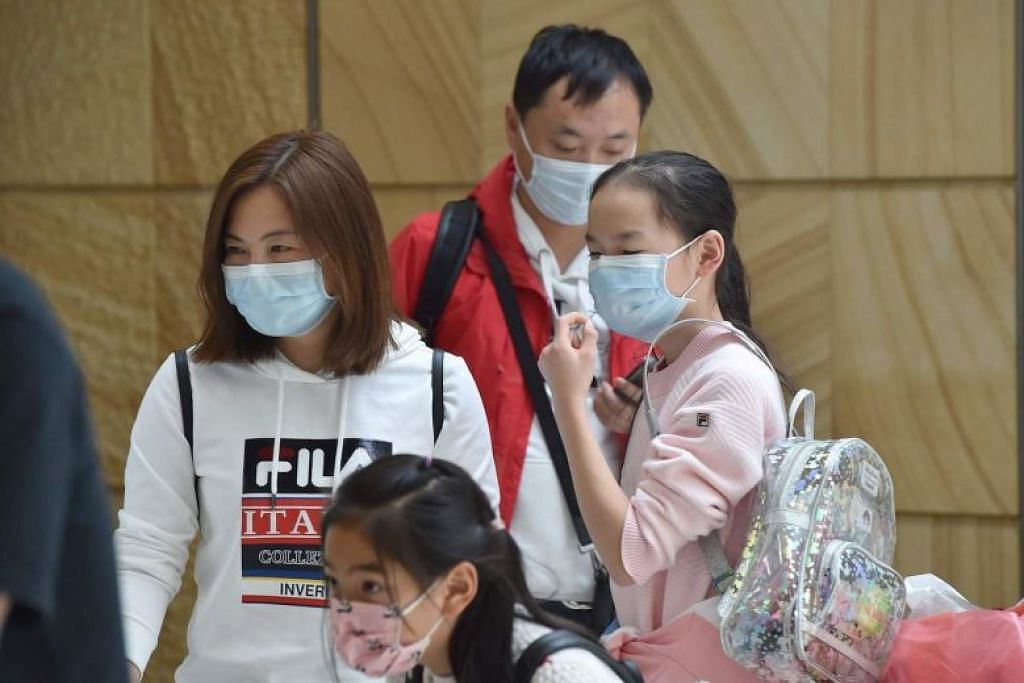Australia reopens the door to some Chinese students after coronavirus ban