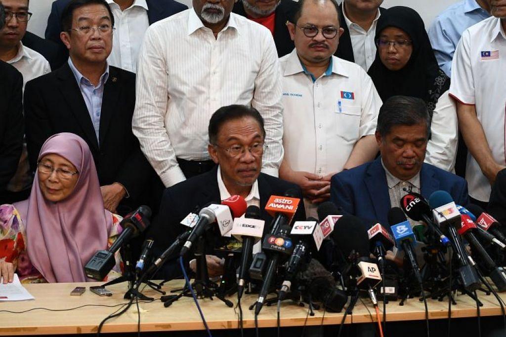 Anwar Ibrahim berkata semua Ahli Parlimen Pakatan Harapan (PH) telah mencalonkannya sebagai perdana menteri seterusnya.