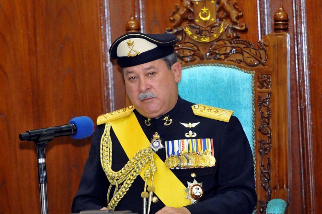 Sultan Johor berpuas hati dengan kerajaan gabungan baru itu setelah beberapa pemimpin itu menghadap beliau dalam satu pertemuan yang diadakan secara peribadi. - Foto: THE STAR