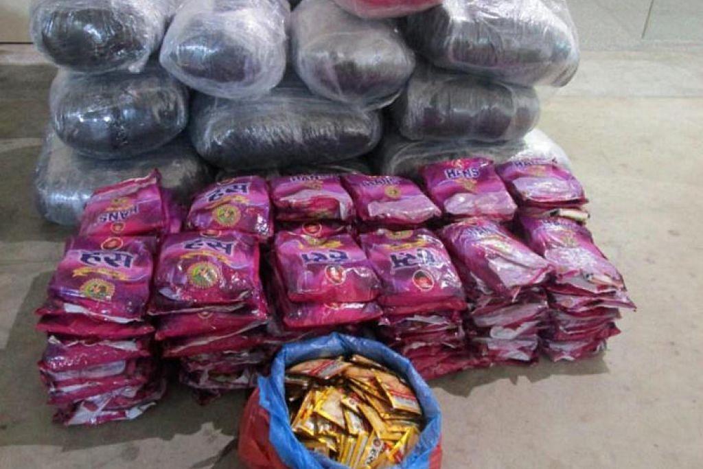 Tembakau kunyah yang dirampas merupakan bekalan bagi kawasan Little India dan Tuas. Foto: HSA