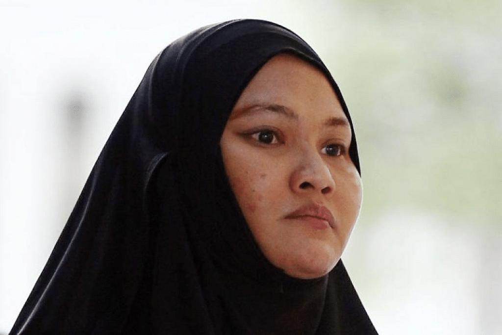 """Sa'adiah Jamari dituduh atas dua kesalahan memberikan pelbagai ubat atau """"racun"""" kepada bayi dengan niat untuk mencederakan mereka. - Foto fail"""