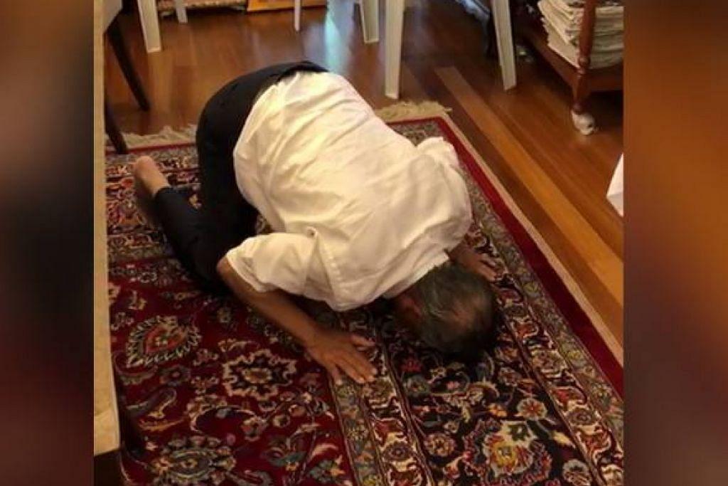 Tan Seri Muhyiddin, 72 tahun, dilihat menzahirkan rasa syukur di kediamannya selepas pelantikan tersebut.