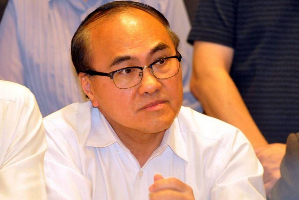 Dr Chong Fat Full keluar dari partinya, Parti Keadilan Rakyat (PKR) dan menjadi bebas dua hari lalu.