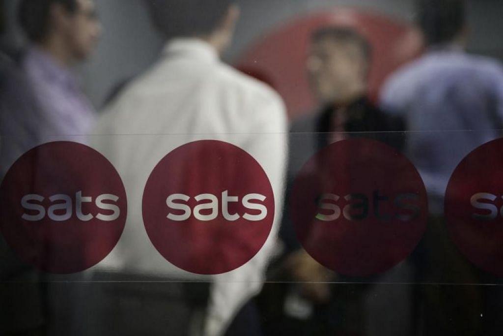 Sats mengumumkan pemotongan gaji sebanyak 15 peratus bagi presiden dan ketua eksekutifnya, Alex Hungate, di tengah-tengah satu siri pemotongan gaji lebih lanjut yang berkuat kuasa pada 1 Mac.
