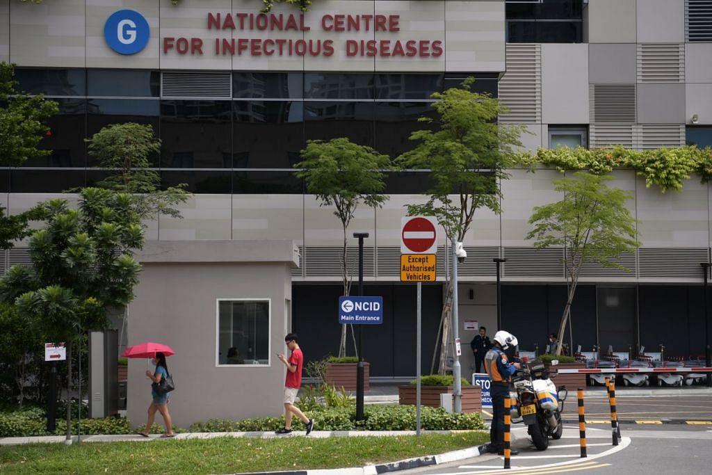 Tiga antara empat pegawai RSAF yang disahkan positif menghidap koronavirus kini sedang dirawat di NCID sementara seorang lagi dirawat di Hospital Khoo Teck Puat. - Foto: FAIL.