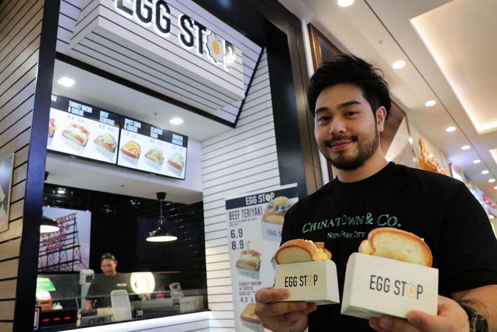 BUKAN HANYA UNTUK SARAPAN: Encik Ahmad Adam membuka kedai sanwic mereka, Egg Stop, yang diilhamkan daripada konsep serupa di Korea. - Foto fail