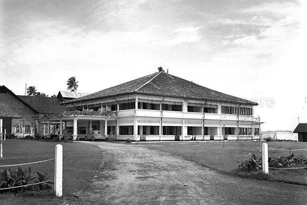 ISTANA PERAK ATAU DIKENALI SEBAGAI PERAK HOUSE: Terletak di Pasir Panjang Drive 1.