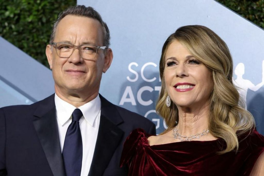Tom Hanks (kiri) dan isteri, Rita Wilson adalah antara selebirit pertama yang mengumumkan mereka diuji positif bagi Covid-19.