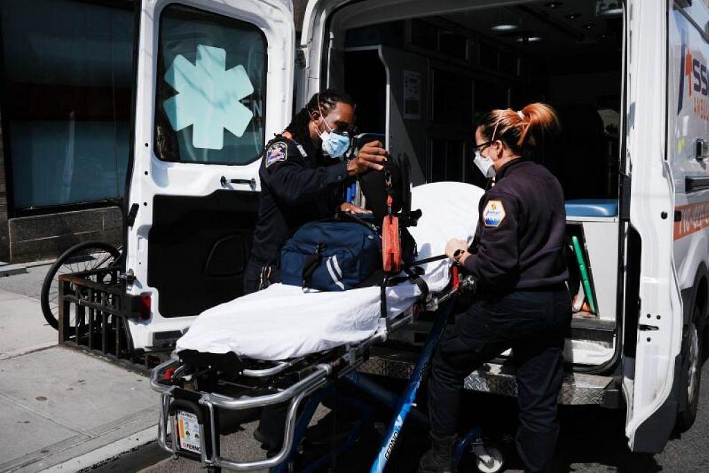 BERDEPAN CABARAN: Amerika Syarikat kini mendahului senarai negara berdepan jumlah kes paling banyak dengan215,003 kes dengan 5,102 kematian.