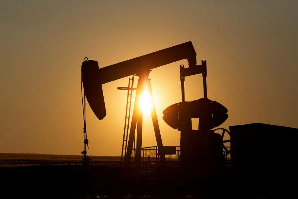 MENSTABILKAN HARGA MINYAK: Menteri Tenaga dari Kumpulan G20 ingin kestabilan harga baik dan sebuah pasaran yang berfungsi dengan baik. Kelihatan sebuah pam minyak di kawasan carigali berdekatan Calgary, Kanada.