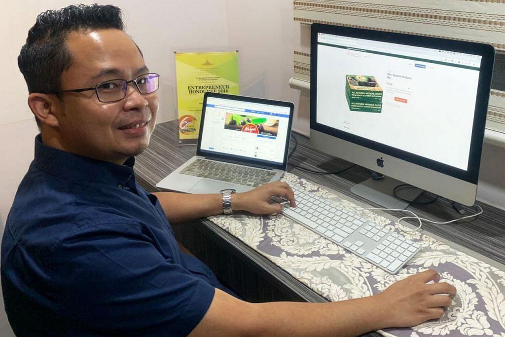 SIBUK SEJAK WABAK MENULAR: Encik Fairus Dasimin berkata beliau melihat kenaikan mendadak dalam permintaan bagi pembangunan laman web dan pemasaran media sosial daripada syarikat setempat sejak penularan Covid-19. - Foto ihsan FAIRUS DASIMIN