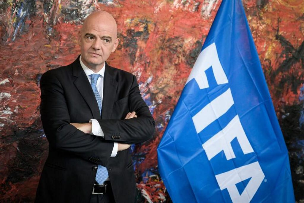 HADAPI SIASATAN: Presiden Fifa, Gianni Infantino, disyaki cuba campur tangan bagi menghentikan siasatan yang dijalankan Pejabat Peguam Negara Switzerland ke atas dirinya.
