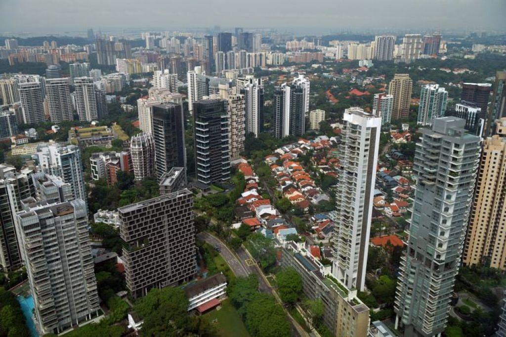 KEMEROSOTAN KETARA: Tahun ke tahun, kadar jualan semula bagi kondominium privet dan rumah persendirian jatuh 62.2 peratus berbanding April 2019.