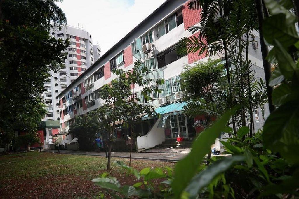 KEMUDAHAN UNTUK PEKERJA ASING: Bekas bangunan kediaman Chancery Court akan menempatkan pekerja asing yang sihat dalam perkhidmatan penting, sementara tempat letak kereta bertingkat dan terbuka di Singapore Racecourse akan menempatkan pekerja yang pulih.