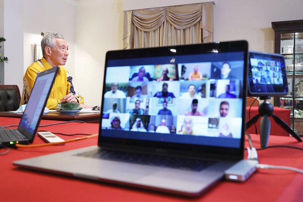 YAKIN MASYARAKAT RELA BERKORBAN: Encik Masagos berkata beliau yakin masyarakat Melayu / Islam di sini bersedia menyesuaikan sambutan Hari Raya demi melindungi orang tersayang, masyarakat lebih luas. Beliau berkata demikian selepas menghadiri pertemuan di alam maya bersama pemimpin Melayu / Islam dengan Encik Lee.