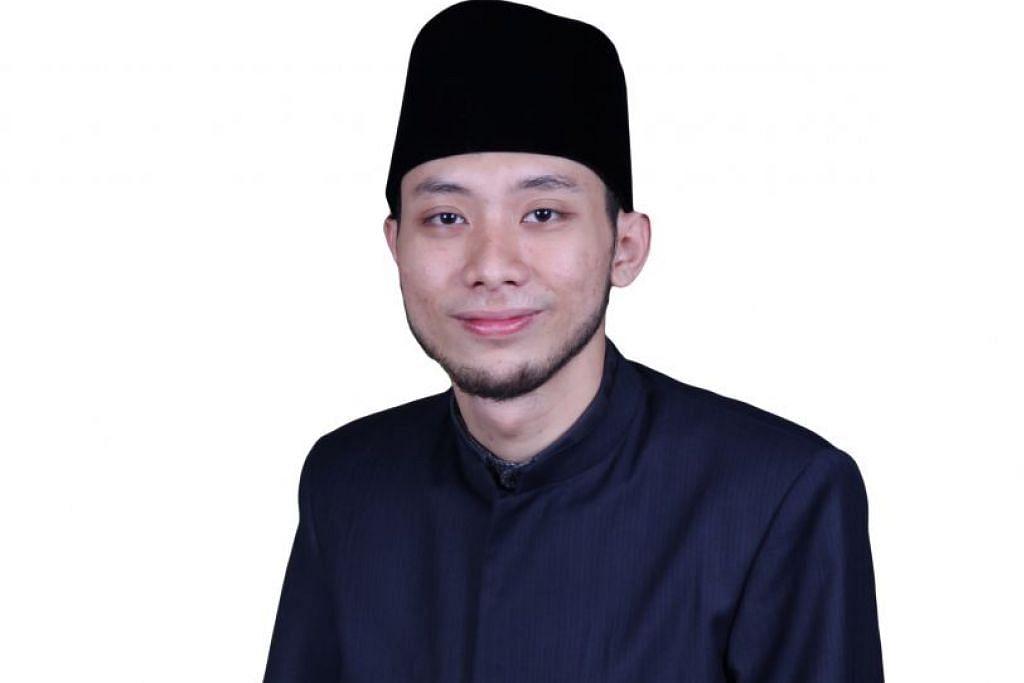 Ustaz Ahmad HelmiMohamad Hasbi