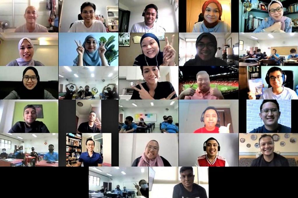 BERGAMBAR BERSAMA: Para peserta sesi 'Perpustakaan Manusia' dalam sesi yang diadakan melalui Zoom. - Foto MENDAKI