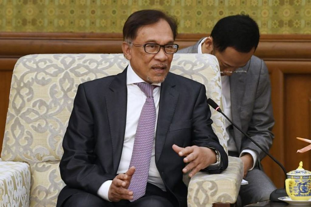 Datuk Seri Anwar Ibrahim belum lagi mengeluarkan nama-nama AP yang menyokongnya.