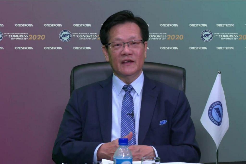 Presiden Persatuan Bola Sepak Singapura (FAS) Encik Lim Kia Tong di Kongres FAS yang ke-38, yang diadakan secara maya, pagi ini.