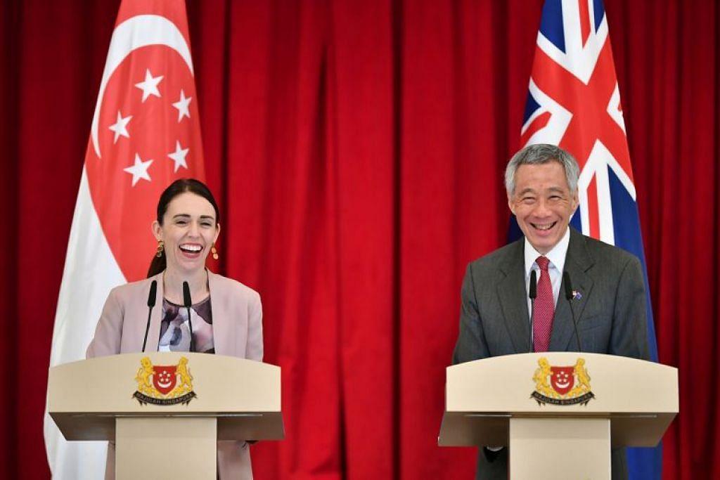 Perdana Menteri Lee Hsien Loong berkata hubungan rapat dua hala telah membolehkan kededua negara mengukuhkan lagi hubungan mereka kepada Kerjasama Dipertingkatkan (EP) semasa lawatan rasmi rakan sejawatannya dari New Zealand, Cik Jacinda Ardern ke Singapura pada Mei tahun lalu.