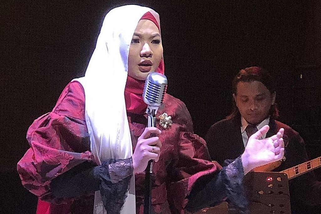 PERSONALITI HIBURAN Apa yang diperlukan Arsenal, United untuk mara - Muka 15 Penyanyi Singapura rai Tahun Baru, sanjungi budi Pak Ngah
