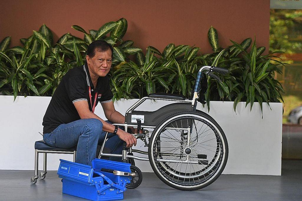 Raih ilmu perbaiki kerusi roda demi bantu klien di tempat kerja