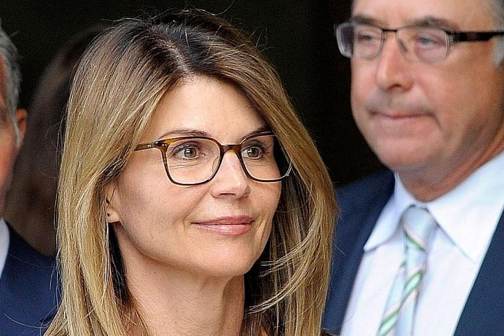 Lori Loughlin – Foto AP, AFP & REUTERS