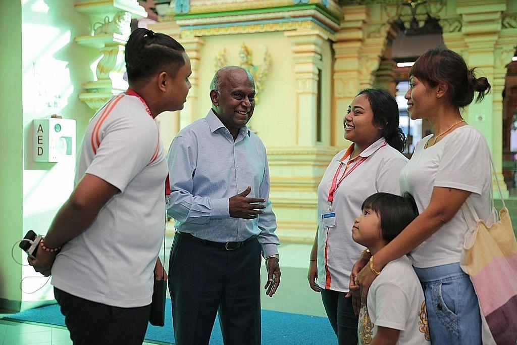 Kuil Sri Ruthra Kaliamman agih $70,000 bantu pelajar