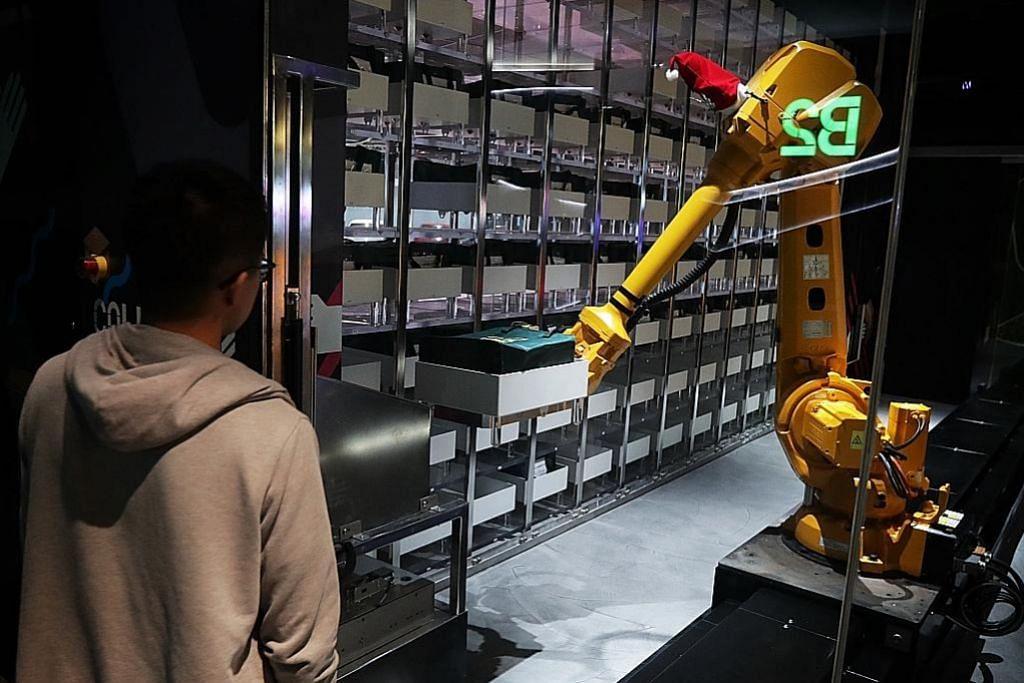 Robot 'jaga' barang dibeli pelanggan