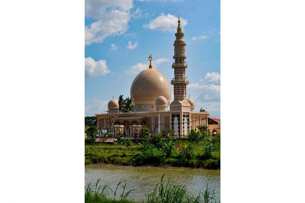 'Pemburu masjid' di Indonesia