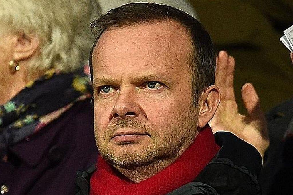 Tidak puas hati, penyokong United serang rumah Ed Woodward
