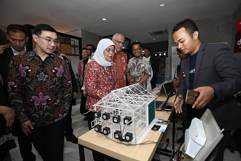 Lawatan pamer hubungan mesra S'pura, Indonesia
