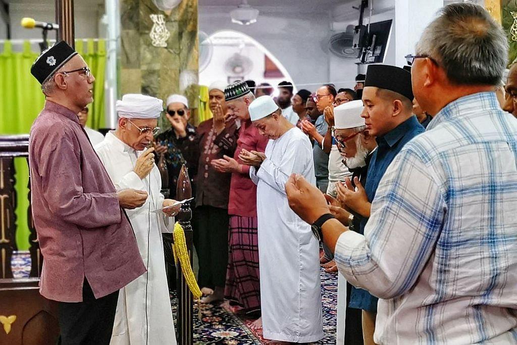 Suami Presiden Halimah pimpin solat hajat di Ba'alwie