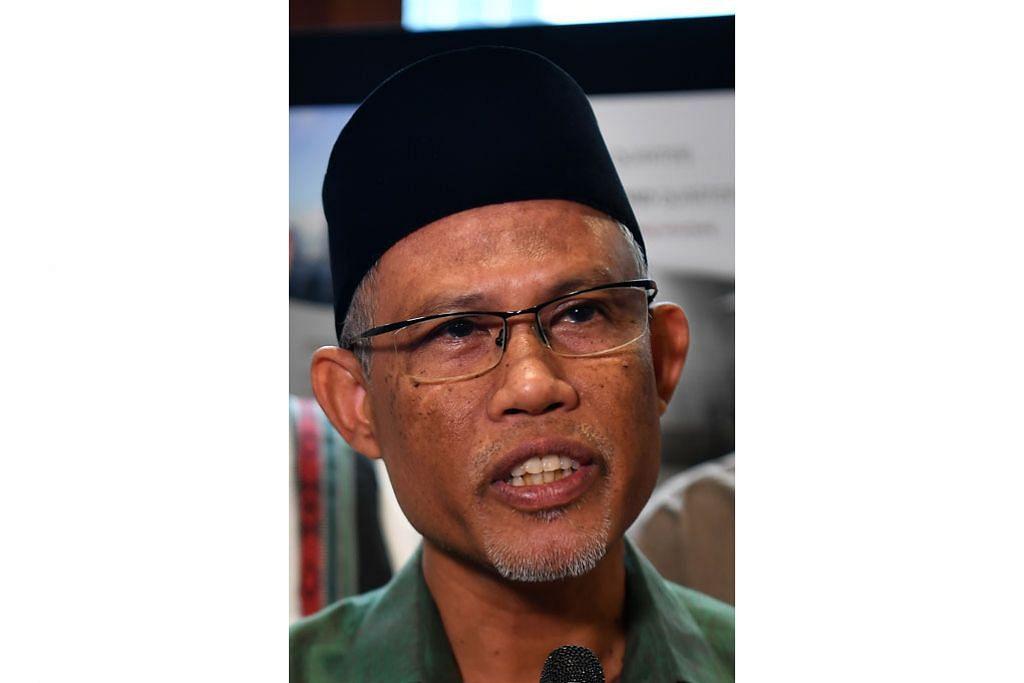 KORONAVIRUS Jemaah dinasihati jaga kebersihan ketika di masjid