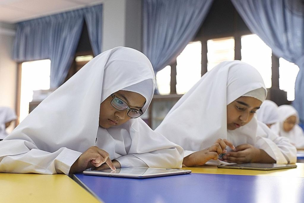 Madrasah Alsagoff diiktiraf sekolah manfaatkan teknologi Apple