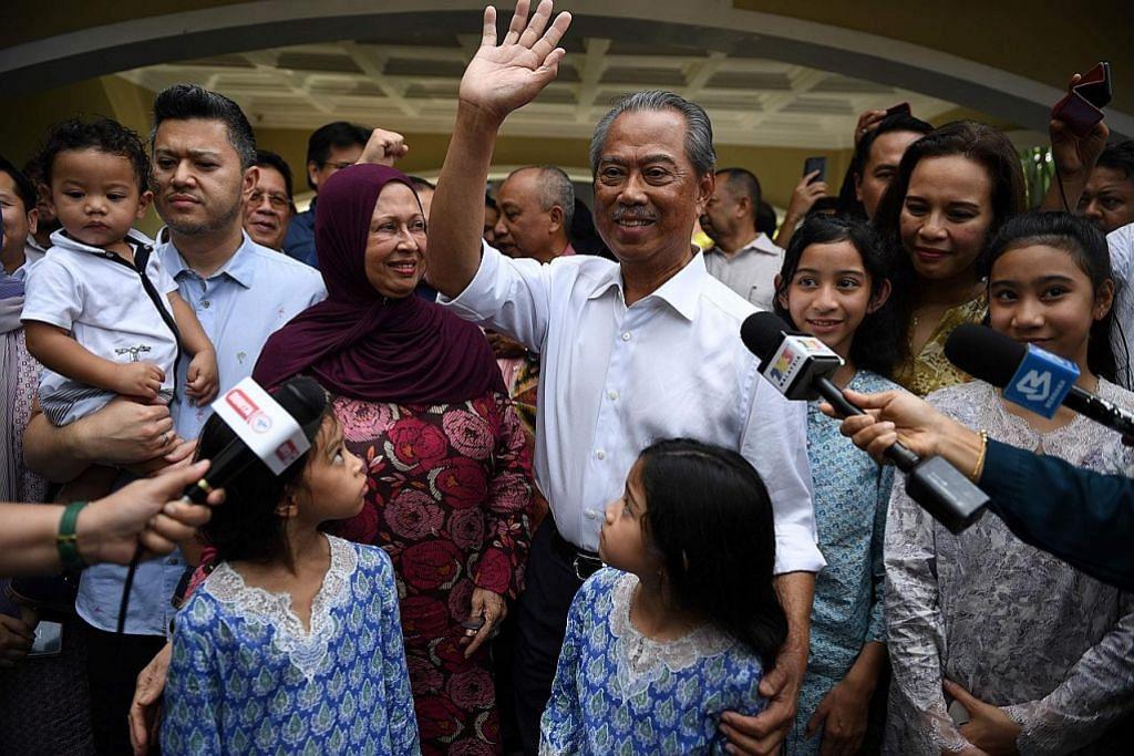 Agong lantik Muhyiddin selepas temui semua pemimpin
