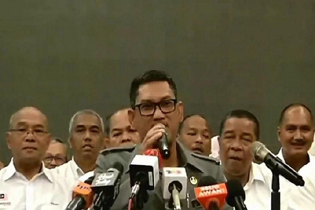 Perikatan Nasional ambil alih tadbir Perak