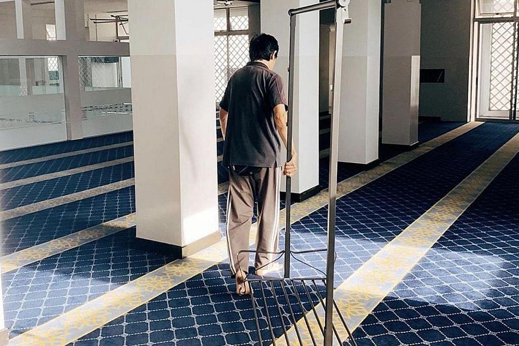 Khutbah lebih ringkas, masjid tidak lagi sediakan telekung dan kain