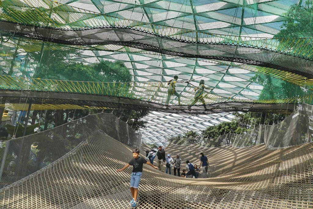 Canopy Park @ Jewel Lapangan Terbang Changi - Foto fail