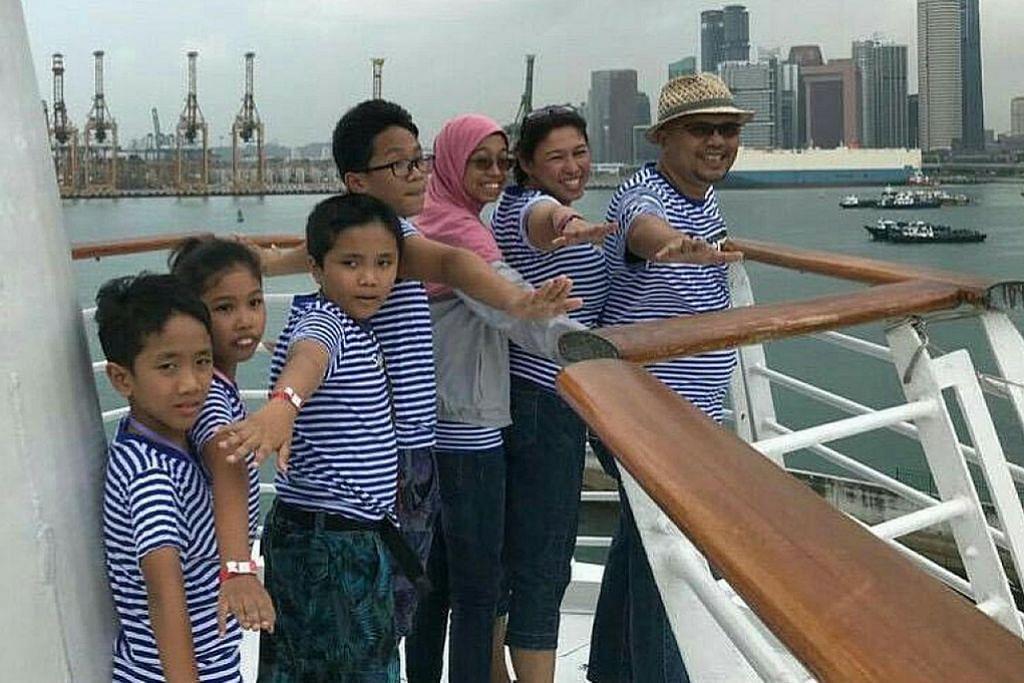 Sebilangan keluarga batalkan percutian ke luar negara