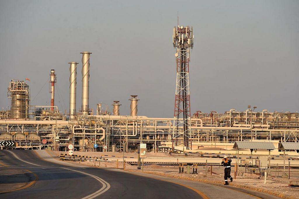 Harga minyak terus jatuh sedang Covid-19 menekan ekonomi